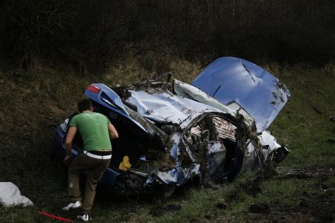 Can You Believe The Driver Of This BMW M5 Survived A 185